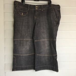 Torrid cropped Jeans size 20
